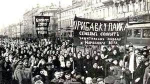 Mujeres reivindicando sus derechos en una manifestación