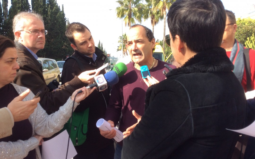 PODEMOS acusa al Tripartito de Marbella de falta de transparencia y oscurantismo en la contratación de personal