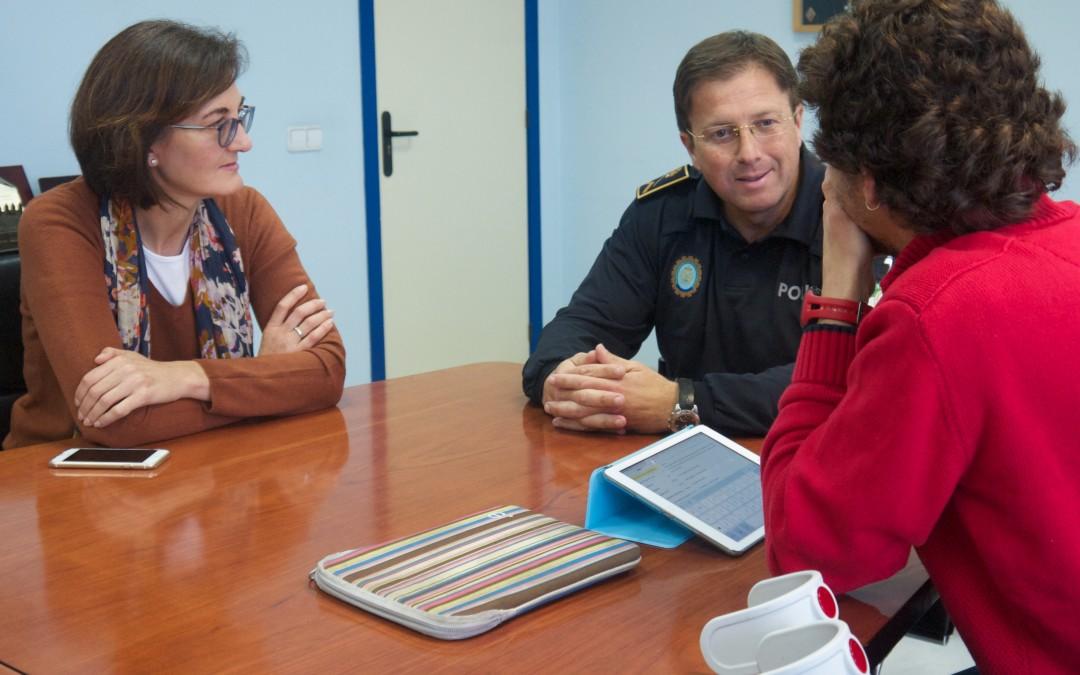 PODEMOS lamenta la falta de estabilidad en la Jefatura de la policía local y critica la gestión del PSOE.